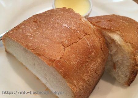 山中亭 フランスパン