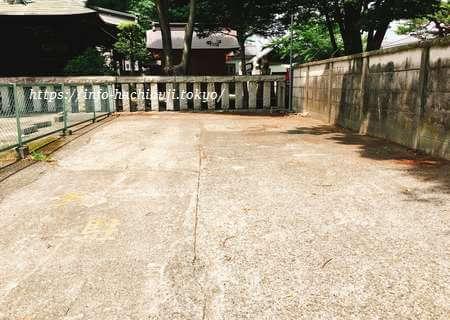 多賀神社 八王子 南門駐車場